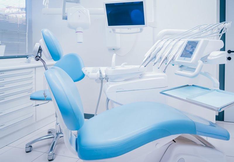 Arredamento studio dentistico: come attrezzarlo al meglio