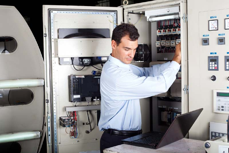 La progettazione di un impianto elettrico industriale: componenti e norme